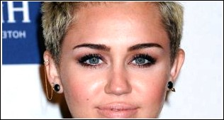Trendy Short Funky Faux-Hawk Haircut für Damen - Miley Cyrus Kurze Frisur