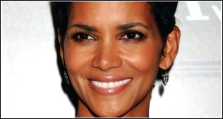 Halle Berry - Layered Black Pixie Cut